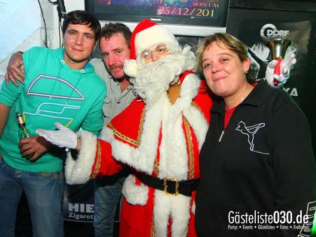 https://www.gaesteliste030.de/Partyfoto #124 Q-Dorf Berlin vom 25.12.2011