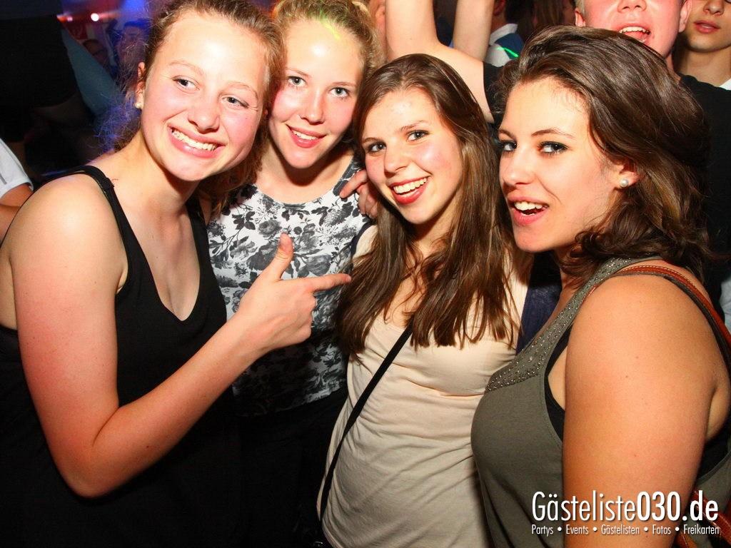 Partyfoto #75 Q-Dorf 09.05.2012 IHK Abschlussparty