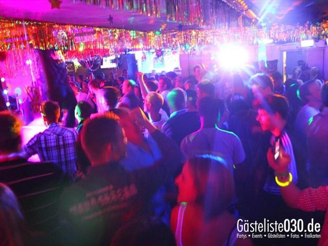 https://www.gaesteliste030.de/Partyfoto #84 Q-Dorf Berlin vom 30.12.2011