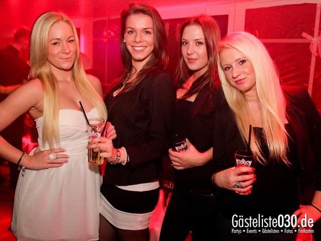 https://www.gaesteliste030.de/Partyfoto #22 Maxxim Berlin vom 24.12.2011