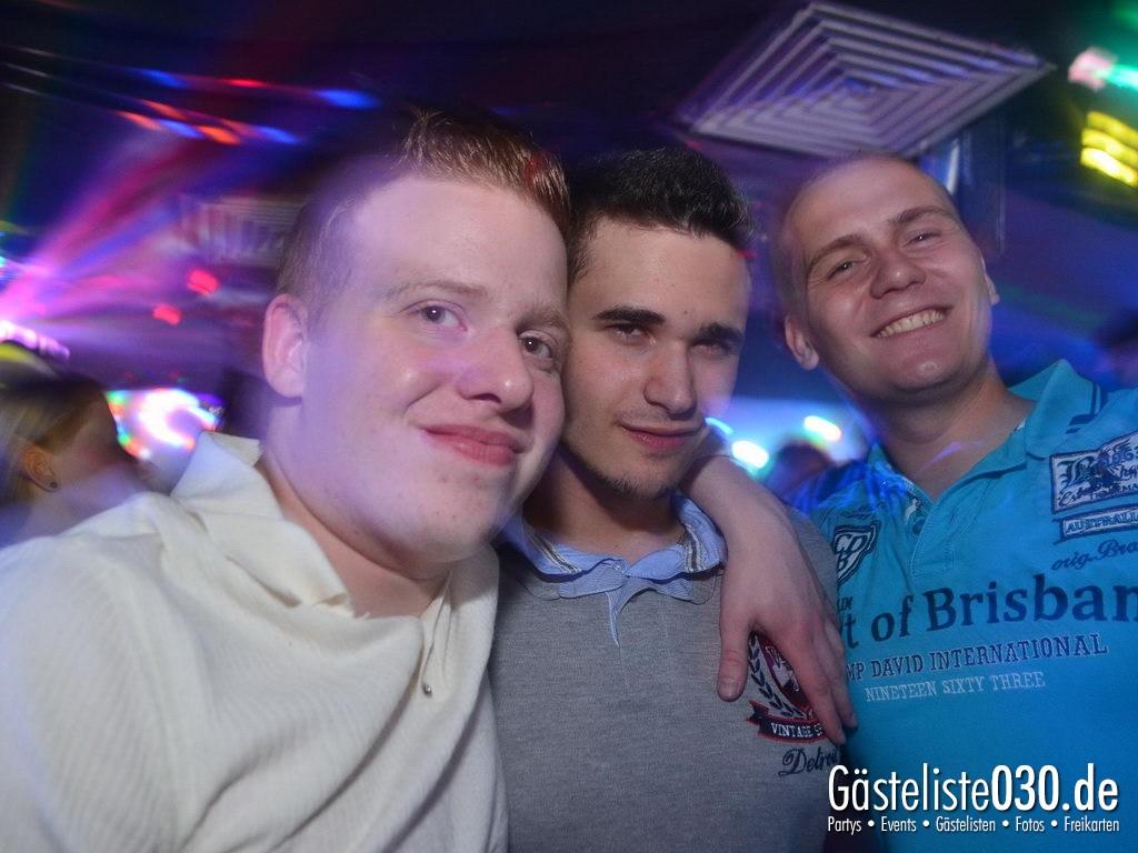 Partyfoto #75 Q-Dorf 11.05.2012 Pink!