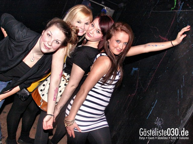 Partypics 2BE Club 17.03.2012 Blacklightdistrict