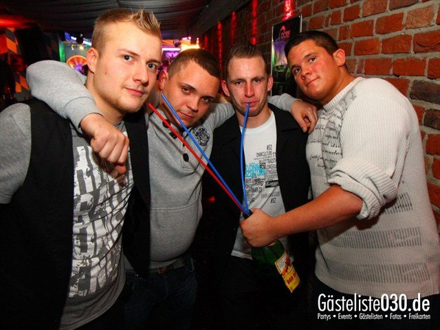 https://www.gaesteliste030.de/Partyfoto #196 Q-Dorf Berlin vom 21.01.2012