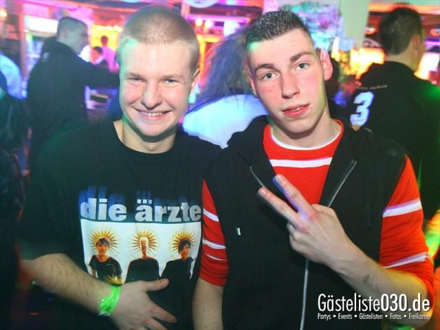 https://www.gaesteliste030.de/Partyfoto #79 Q-Dorf Berlin vom 20.01.2012