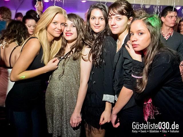 https://www.gaesteliste030.de/Partyfoto #22 Maxxim Berlin vom 13.01.2012