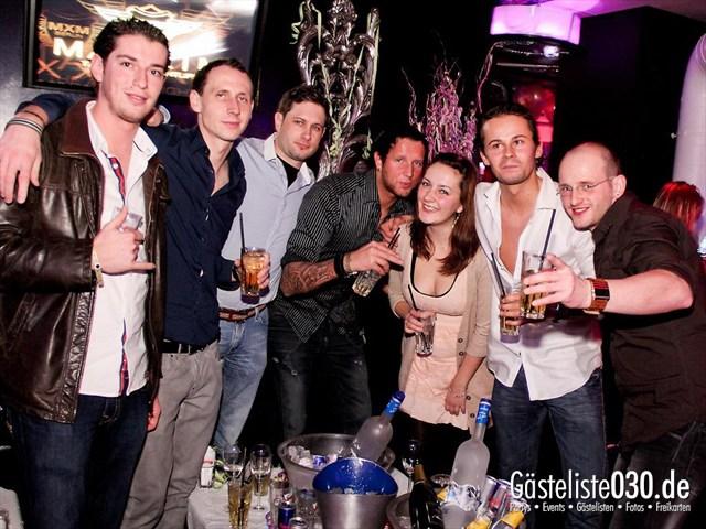 https://www.gaesteliste030.de/Partyfoto #17 Maxxim Berlin vom 06.01.2012