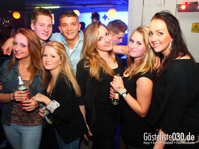 https://www.gaesteliste030.de/Partyfoto #182 Q-Dorf Berlin vom 04.04.2012