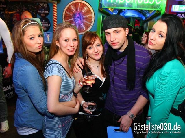 https://www.gaesteliste030.de/Partyfoto #224 Q-Dorf Berlin vom 14.01.2012