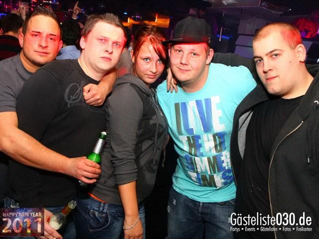 https://www.gaesteliste030.de/Partyfoto #153 Q-Dorf Berlin vom 31.12.2011