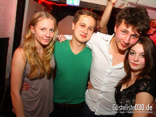 https://www.gaesteliste030.de/Partyfoto #147 Q-Dorf Berlin vom 04.04.2012