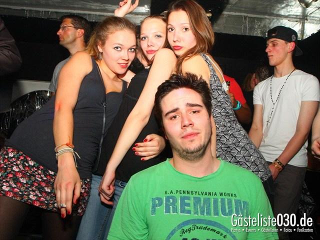 https://www.gaesteliste030.de/Partyfoto #221 Q-Dorf Berlin vom 04.04.2012