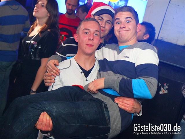 https://www.gaesteliste030.de/Partyfoto #109 Q-Dorf Berlin vom 23.12.2011