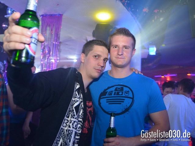 https://www.gaesteliste030.de/Partyfoto #231 Q-Dorf Berlin vom 11.05.2012