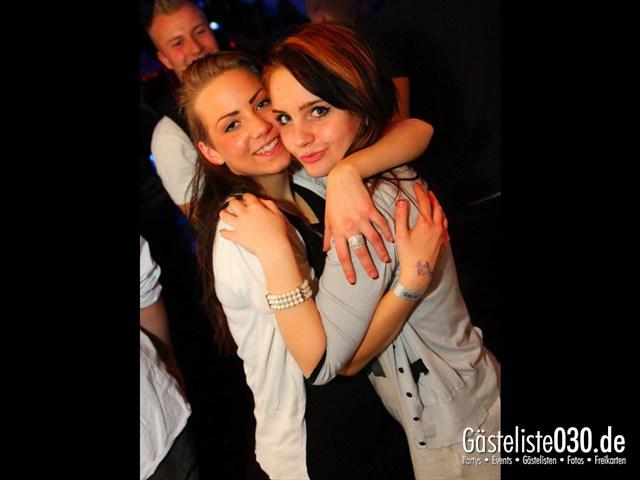 https://www.gaesteliste030.de/Partyfoto #165 Q-Dorf Berlin vom 17.12.2011