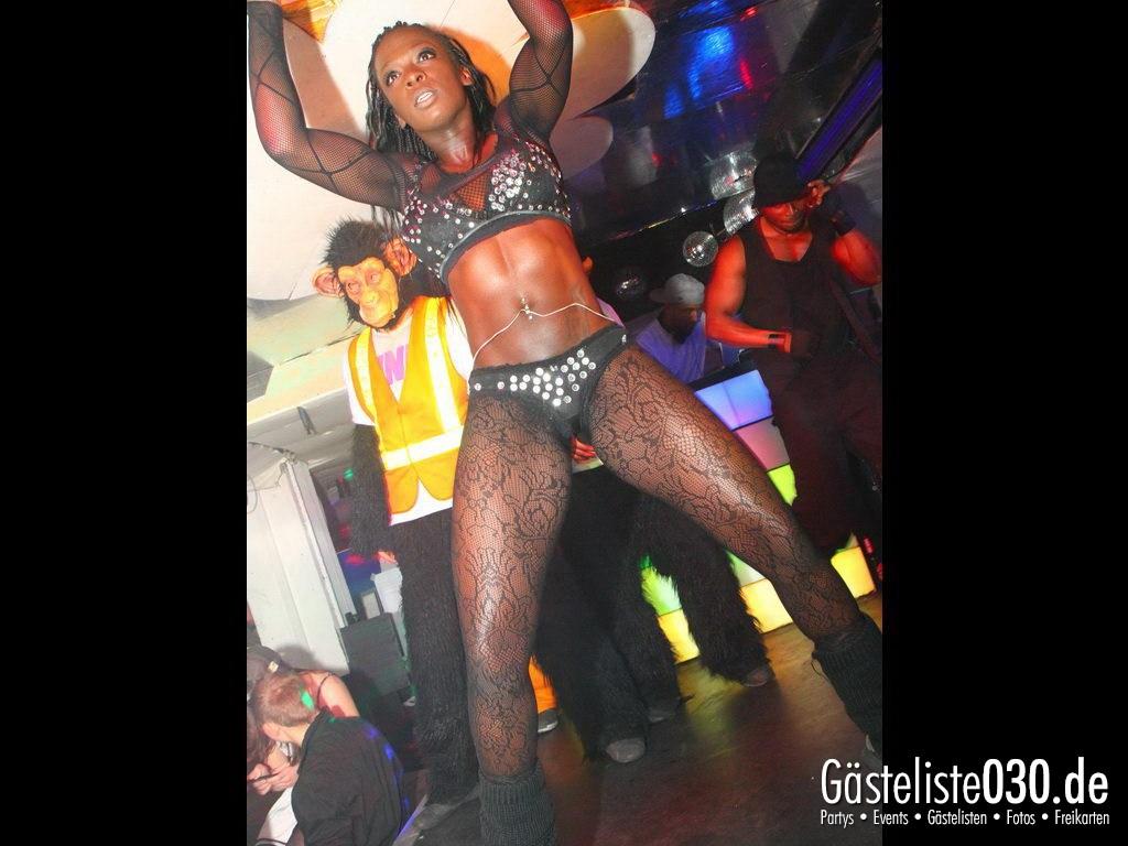 Partyfoto #50 Q-Dorf 03.04.2012 Black Attack