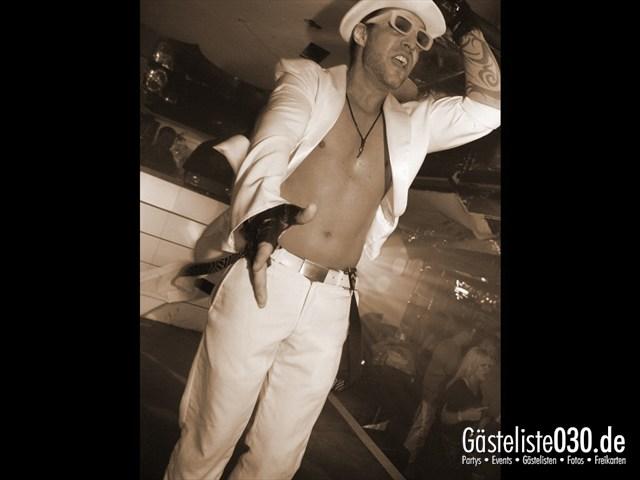 https://www.gaesteliste030.de/Partyfoto #25 Q-Dorf Berlin vom 04.01.2012