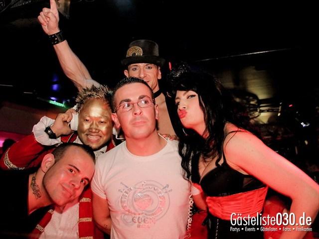 https://www.gaesteliste030.de/Partyfoto #56 Maxxim Berlin vom 09.12.2011