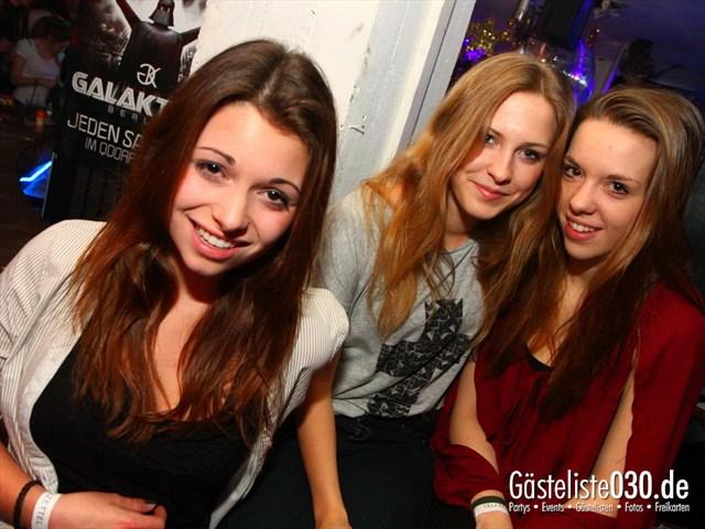 https://www.gaesteliste030.de/Partyfoto #144 Q-Dorf Berlin vom 28.12.2011