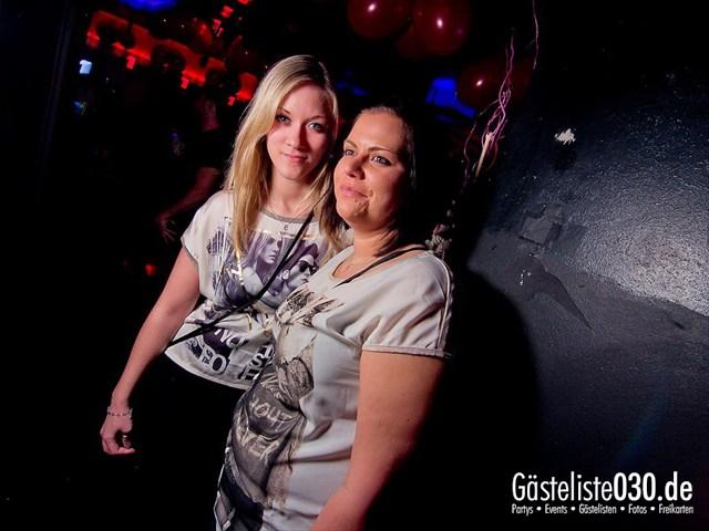 https://www.gaesteliste030.de/Partyfoto #35 Maxxim Berlin vom 12.12.2011