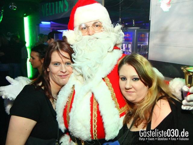 https://www.gaesteliste030.de/Partyfoto #137 Q-Dorf Berlin vom 25.12.2011