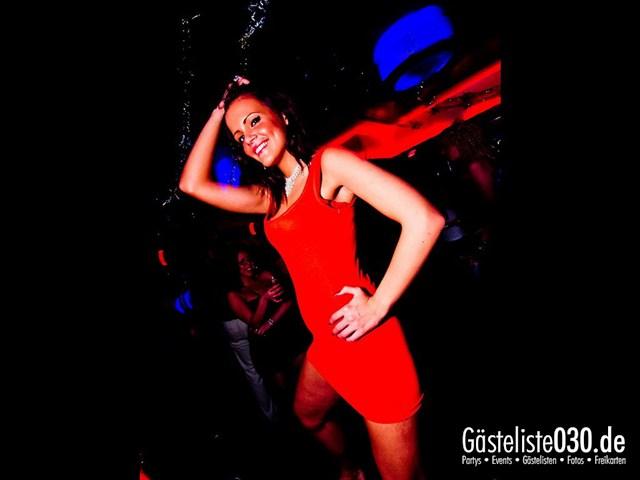 https://www.gaesteliste030.de/Partyfoto #101 Maxxim Berlin vom 02.01.2012