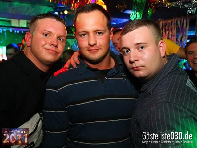 https://www.gaesteliste030.de/Partyfoto #162 Q-Dorf Berlin vom 31.12.2011