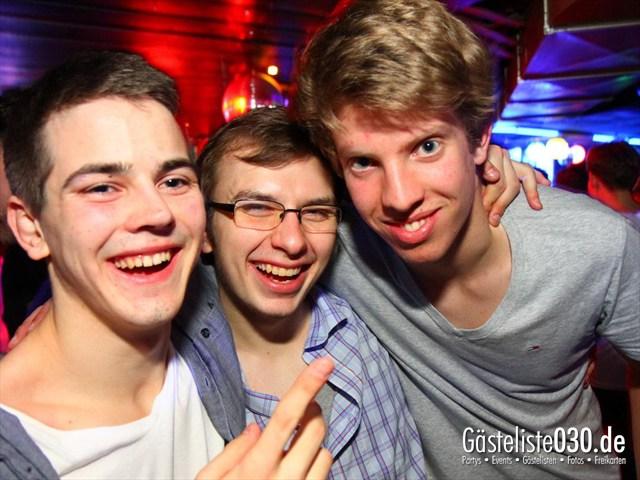 https://www.gaesteliste030.de/Partyfoto #152 Q-Dorf Berlin vom 21.12.2011