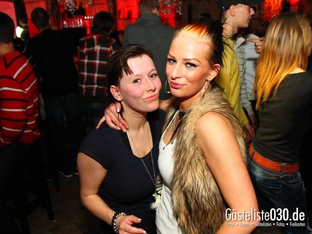 https://www.gaesteliste030.de/Partyfoto #205 Q-Dorf Berlin vom 17.12.2011