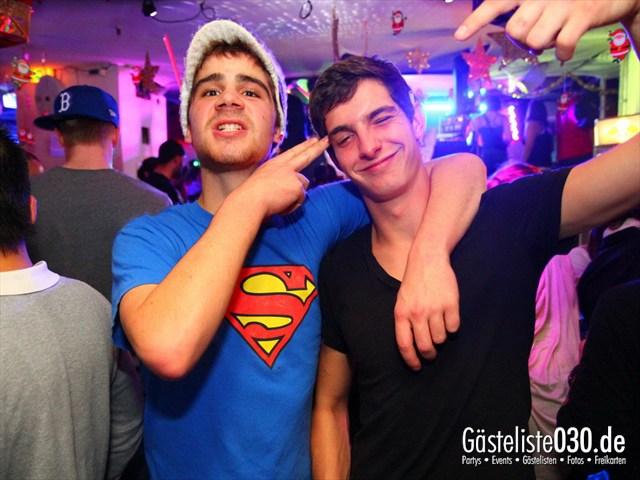 https://www.gaesteliste030.de/Partyfoto #138 Q-Dorf Berlin vom 28.12.2011
