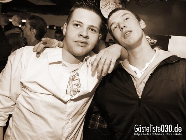 https://www.gaesteliste030.de/Partyfoto #95 Q-Dorf Berlin vom 04.01.2012