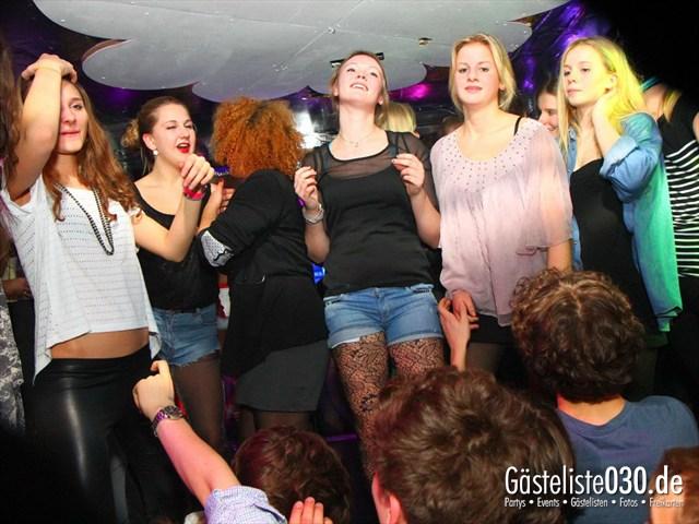 https://www.gaesteliste030.de/Partyfoto #168 Q-Dorf Berlin vom 21.12.2011