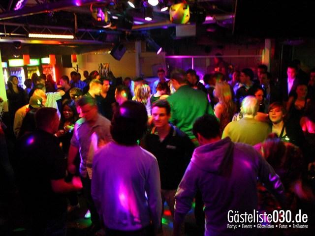 https://www.gaesteliste030.de/Partyfoto #59 Q-Dorf Berlin vom 09.12.2011