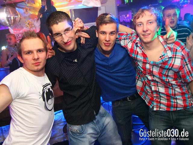 https://www.gaesteliste030.de/Partyfoto #36 Q-Dorf Berlin vom 23.12.2011