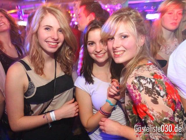 https://www.gaesteliste030.de/Partyfoto #142 Q-Dorf Berlin vom 28.12.2011