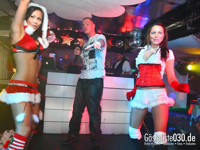 https://www.gaesteliste030.de/Partyfoto #7 Q-Dorf Berlin vom 23.12.2011