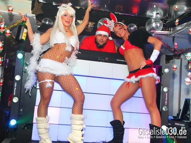 https://www.gaesteliste030.de/Partyfoto #21 Q-Dorf Berlin vom 24.12.2011