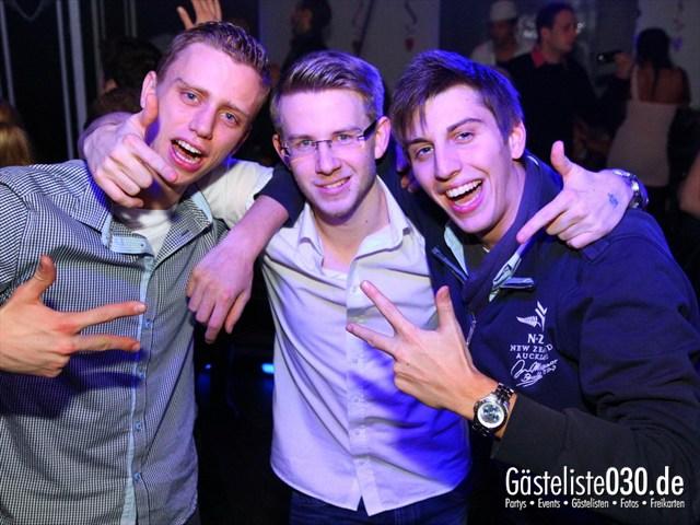 https://www.gaesteliste030.de/Partyfoto #8 Maxxim Berlin vom 15.12.2011