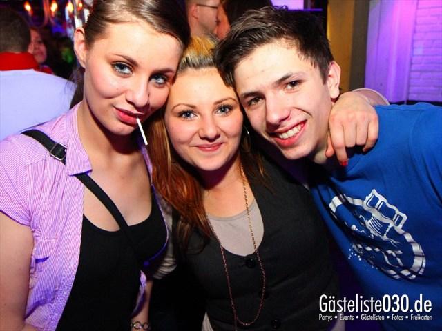 https://www.gaesteliste030.de/Partyfoto #202 Q-Dorf Berlin vom 10.12.2011