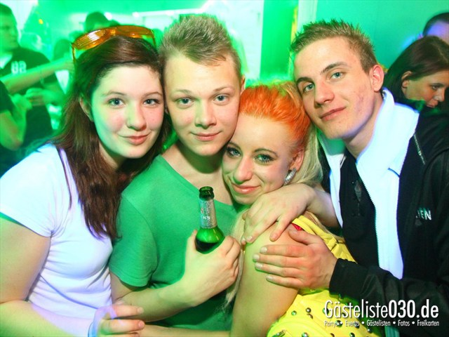 https://www.gaesteliste030.de/Partyfoto #181 Q-Dorf Berlin vom 11.02.2012