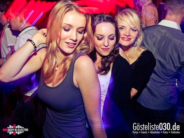 https://www.gaesteliste030.de/Partyfoto #180 China Lounge Berlin vom 16.12.2011