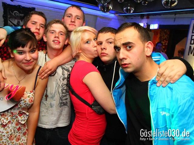 https://www.gaesteliste030.de/Partyfoto #25 Q-Dorf Berlin vom 09.12.2011