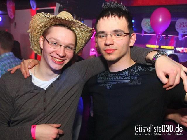 https://www.gaesteliste030.de/Partyfoto #151 Q-Dorf Berlin vom 16.12.2011