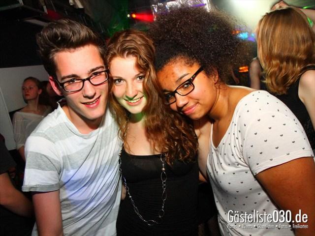 https://www.gaesteliste030.de/Partyfoto #120 Q-Dorf Berlin vom 02.05.2012