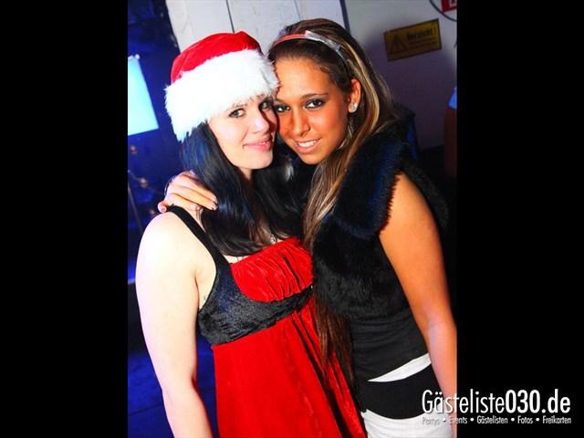https://www.gaesteliste030.de/Partyfoto #93 Q-Dorf Berlin vom 24.12.2011