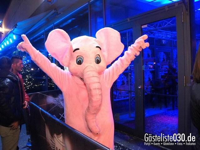https://www.gaesteliste030.de/Partyfoto #113 Maxxim Berlin vom 10.12.2011