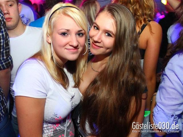 https://www.gaesteliste030.de/Partyfoto #114 Q-Dorf Berlin vom 09.12.2011