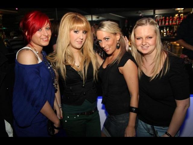 https://www.gaesteliste030.de/Partyfoto #13 Club R8 Berlin vom 09.12.2011