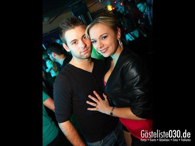 https://www.gaesteliste030.de/Partyfoto #76 Maxxim Berlin vom 02.02.2012