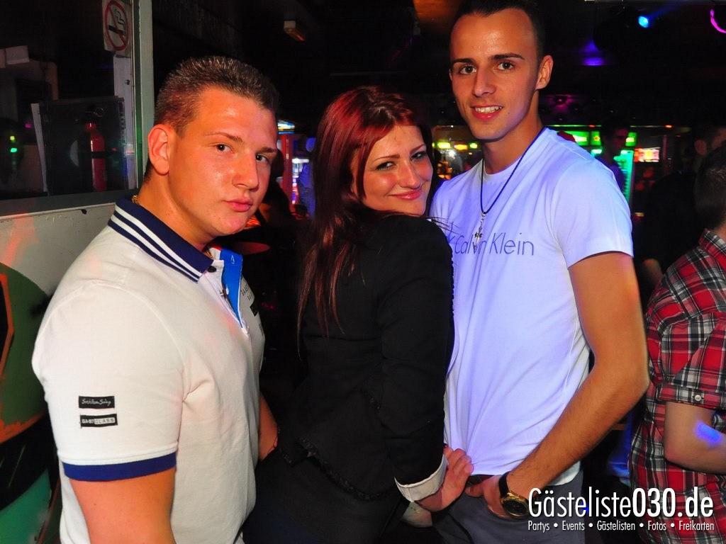 Partyfoto #49 Q-Dorf 13.04.2012 Pink!