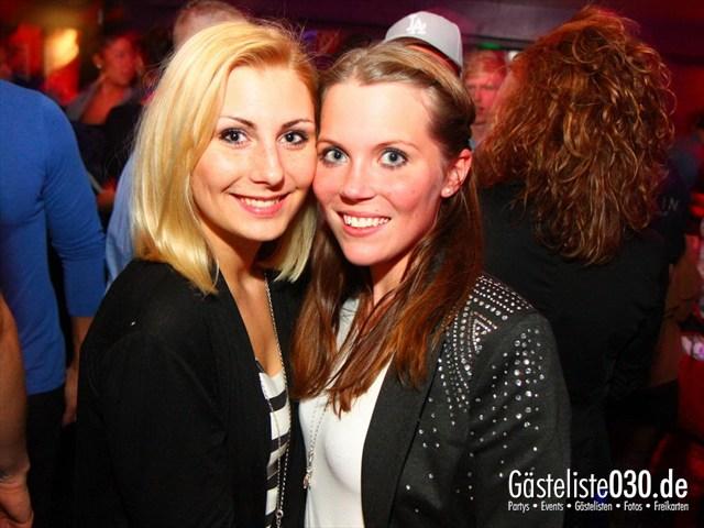 https://www.gaesteliste030.de/Partyfoto #8 Maxxim Berlin vom 22.12.2011